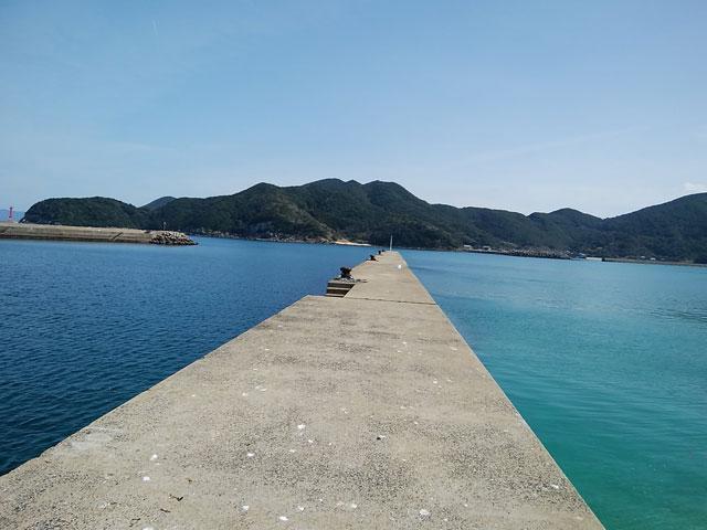 三井楽の海岸