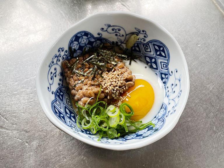 半熟ゆで卵+納豆